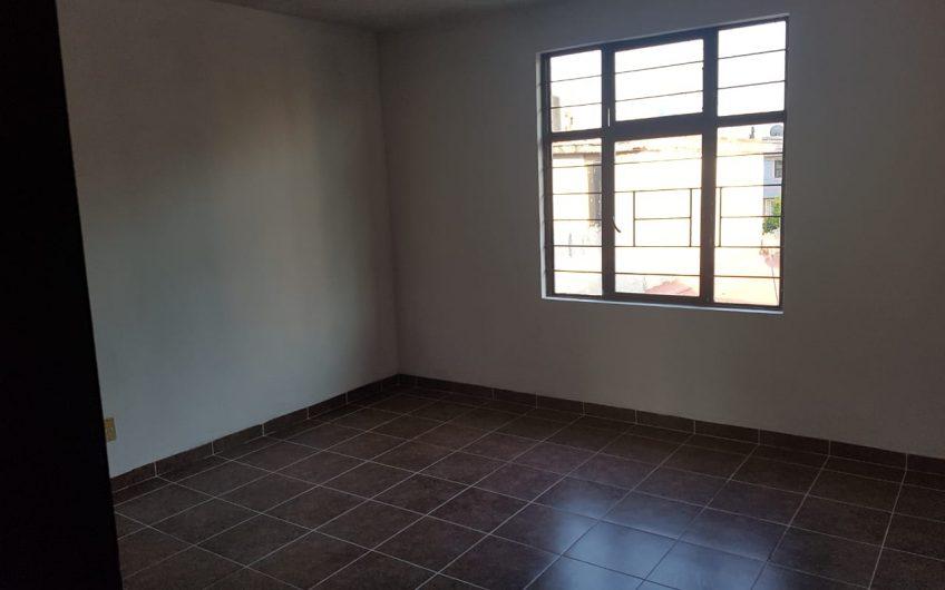 Casa excelente acabados, remodelada, Rio de Luz