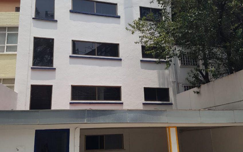 Edificio corporativo, 622m2, 5 pisos, 7 est, zona Polanco, aun costado de H. Español